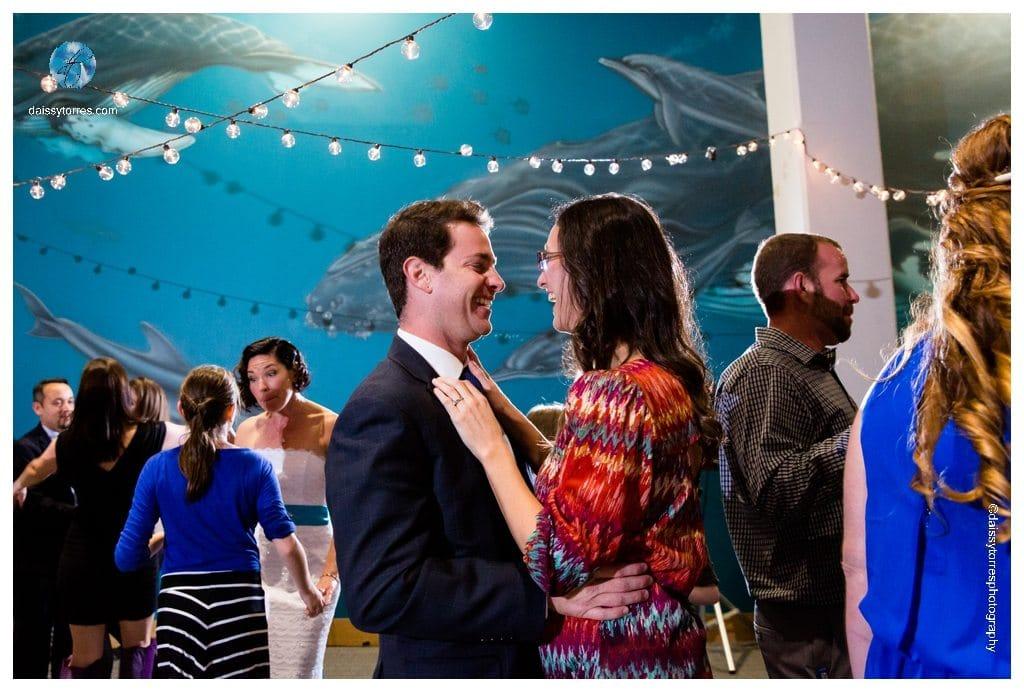Virginia Aquarium Wedding - guest matter!