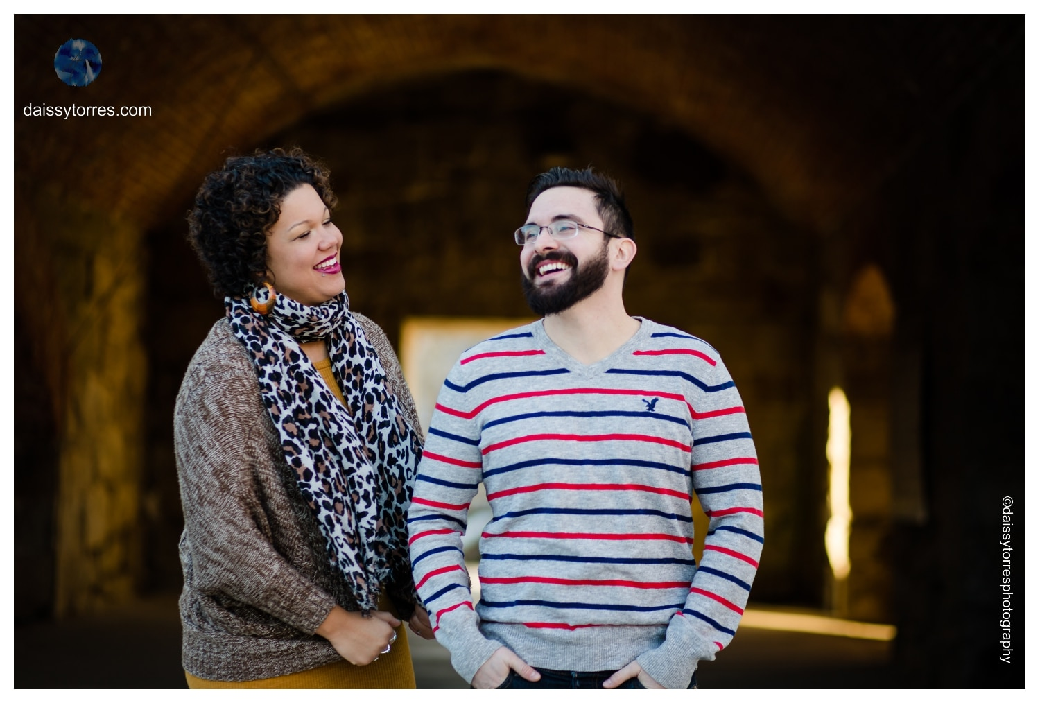 Candid Fort Monroe Engagement Session by Daissy Torres Photography
